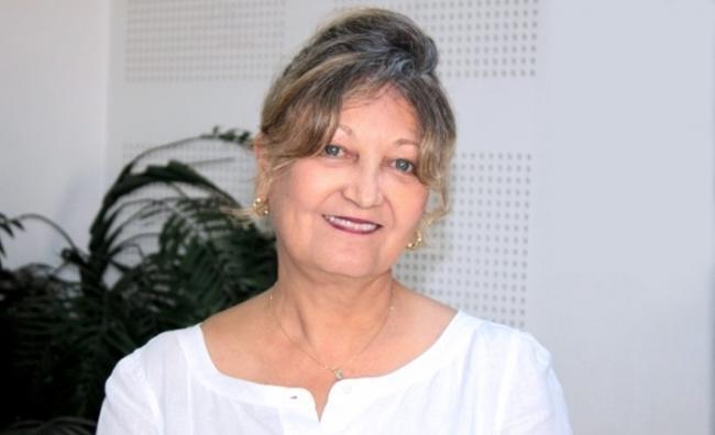 الاستاذة سناء ابن عاشور ترد على المترشح قيس سعيد بشأن المساواة في الميراث