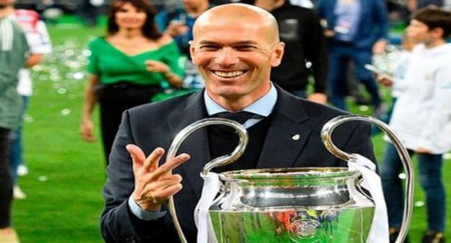 في قرار غير متوقّع: زين الدين زيدان يغادر ريال مدريد ويعطي الاسباب