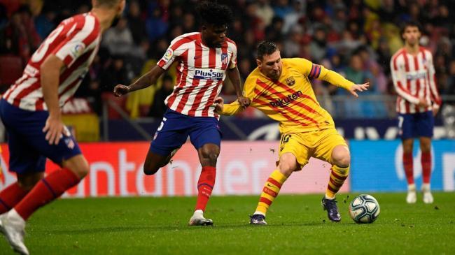 أتلتيكو مدريد يزيح برشلونة ويعبر الى نهائي السوبر الاسباني ضد الريال