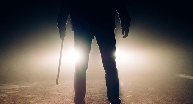 يقتل صديقه بعد أن رفض البحث له عن زوجة ثانية