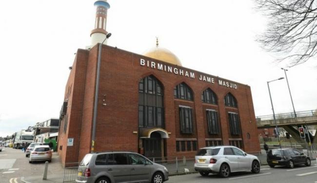 5 مساجد تعرضت لاعتداءات في بريطانيا