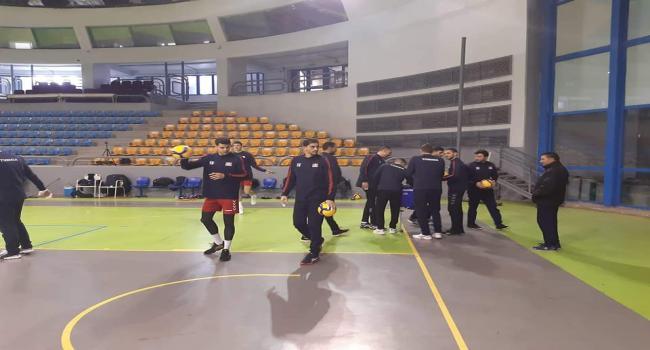 منتخب تونس لكرة الطائرة يفوز ضد مصر ويضع قدما في الأولمبياد