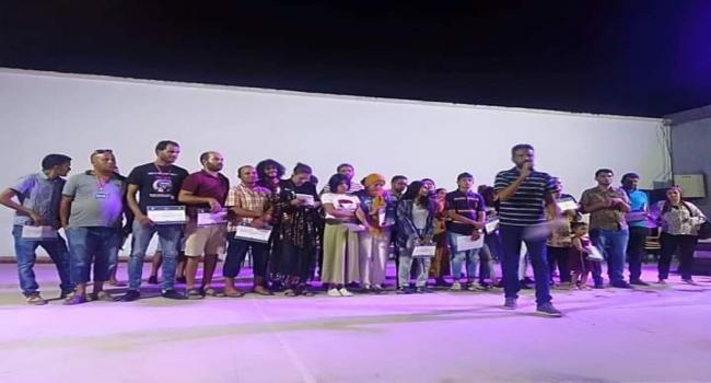 مسرحية «هوامش» تُمضي شهادة نجاح المهرجان الثقافي بالرقاب في دورته الــ32