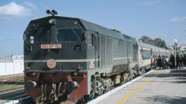 قطار تونس-بنزرت يتعرض للرشق بالحجارة..وهذا ما قررته الشركة