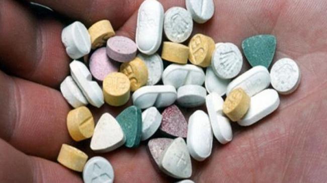 الإطاحة بعصابة مختصة في تزوير الوصفات الطبية الخاصة بالحبوب المخدِّرة