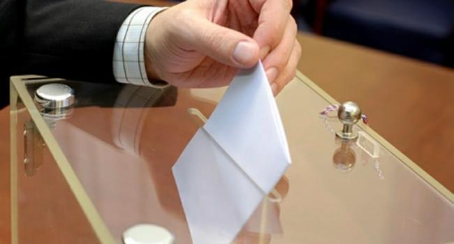 رئيس الهيئة الفرعية للانتخابات بمدنين يقدم استقالته ويكشف الأسباب