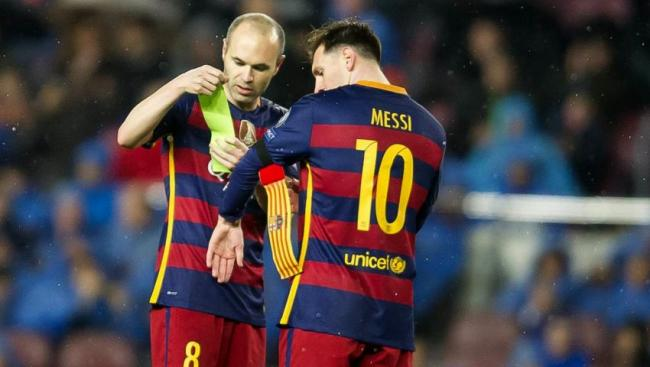 نجم برشلونة ينهي مسيرته مع الفريق