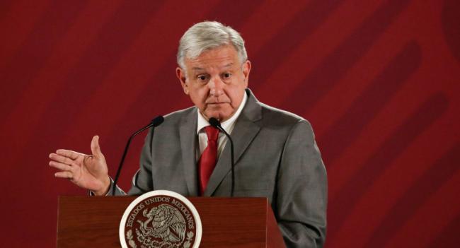 الرئيس المكسيكي يعثر على كاميرا تجسس داخل قصره (فيديو)