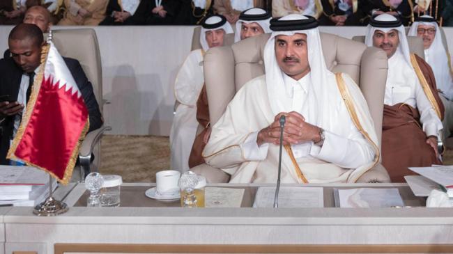 هذه هي الكلمة التي دفعت بأمير قطر الى مغادرة تونس